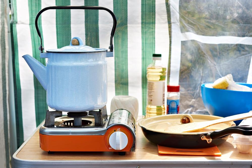 Tende Per Veranda Cucina quali comfort offrono le tende cucina da campeggio?